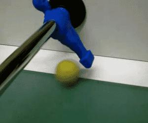 La bonne position pour réceptionner une balle au babyfoot
