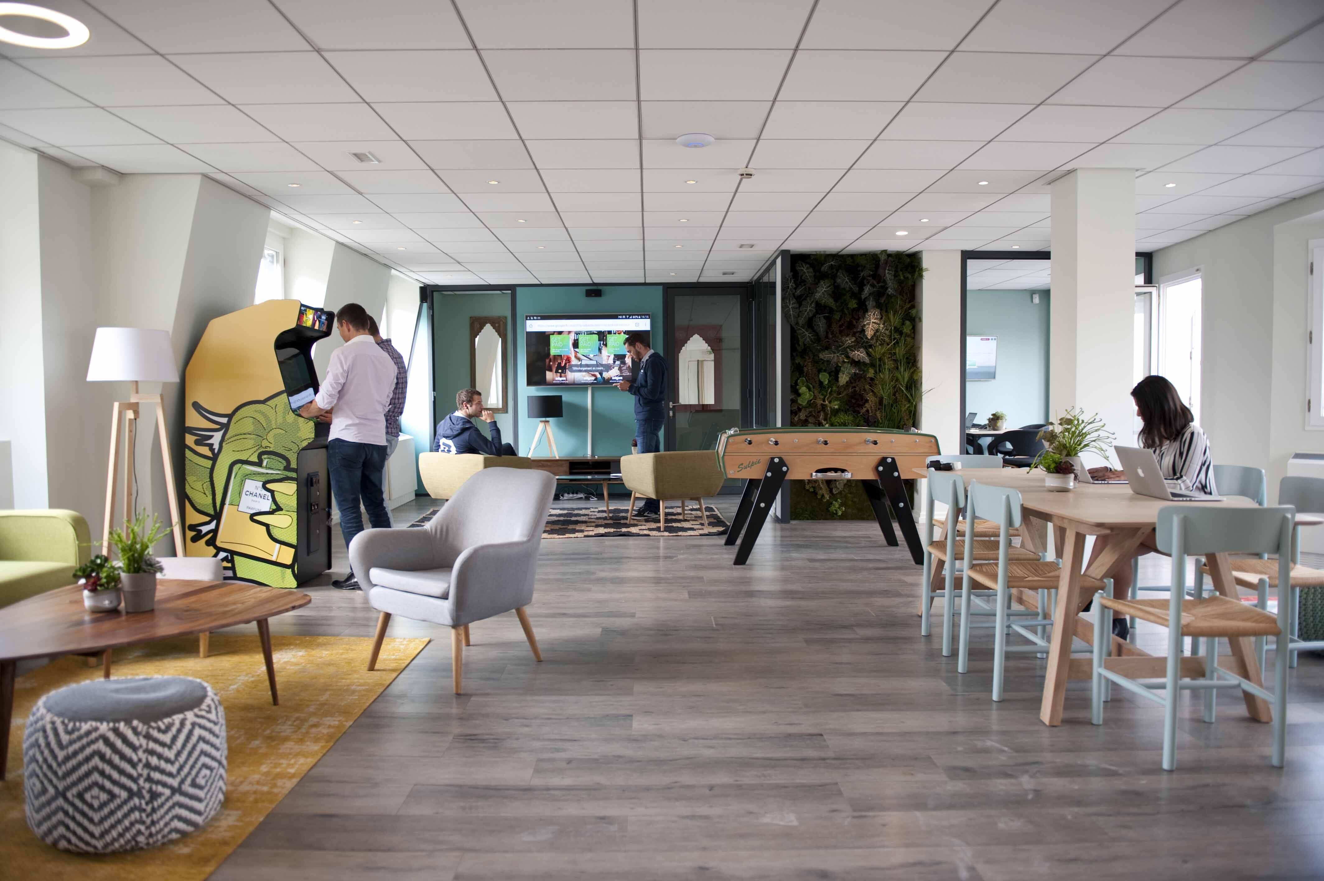 baby foot startup et recrutement enfin des chiffres. Black Bedroom Furniture Sets. Home Design Ideas